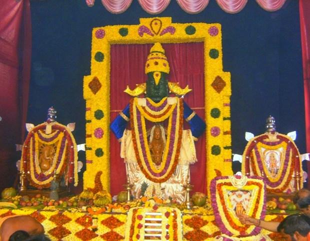 'Ayyappa pooje',  at Devkripa Co. Hsg. Society, Ghatkopar west, Mumbai-400084 !