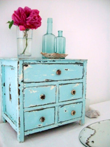Diy Project How To Give Your Furniture A Distressed Look Sulekha
