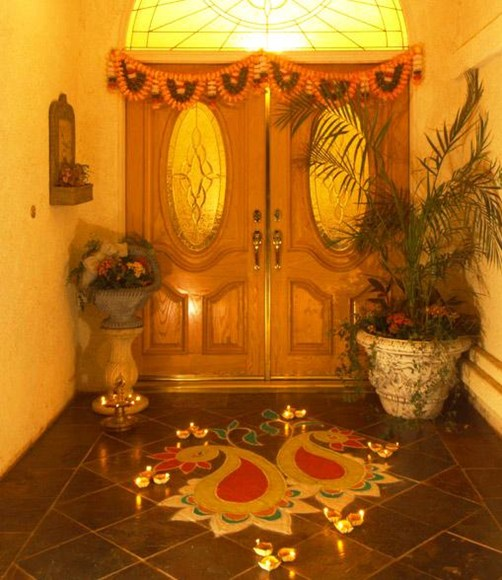 Ways to decorate your home on a budget this diwali for Home decorations diwali
