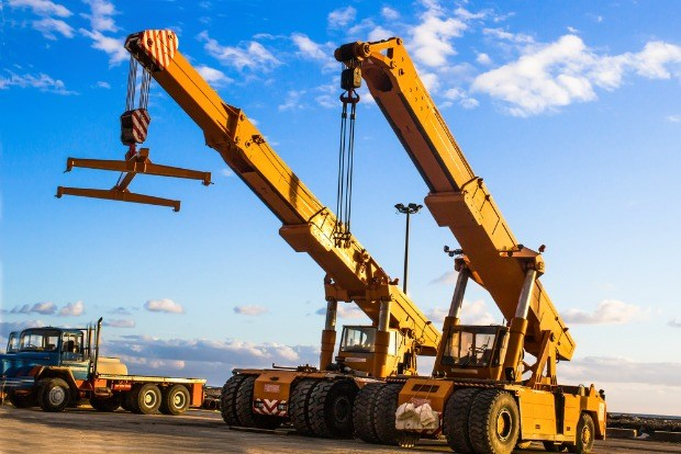 What Are The Different Types Of Cranes : The different types of cranes used for construction